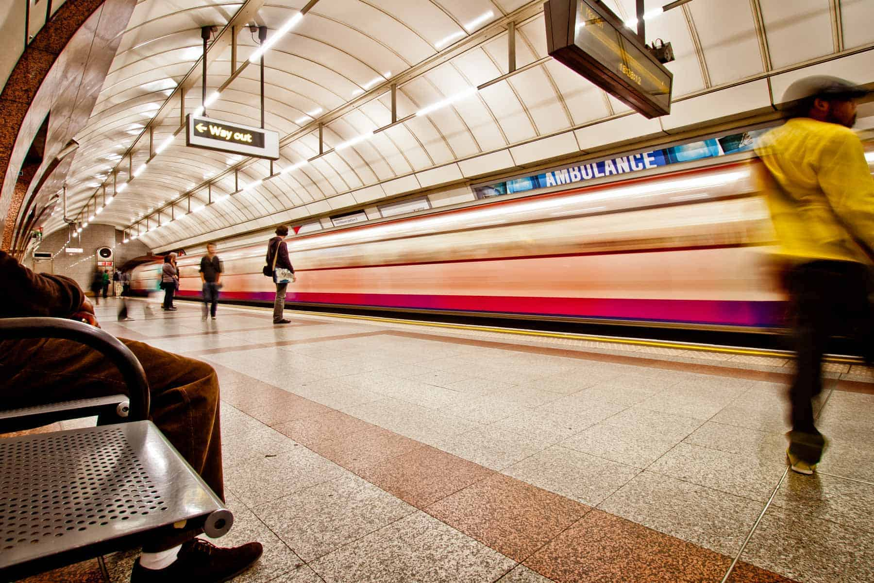 Free downloads from Piccia Neri. Fast life in the city: blurred movement of a London Underground train arriving in a tube station.