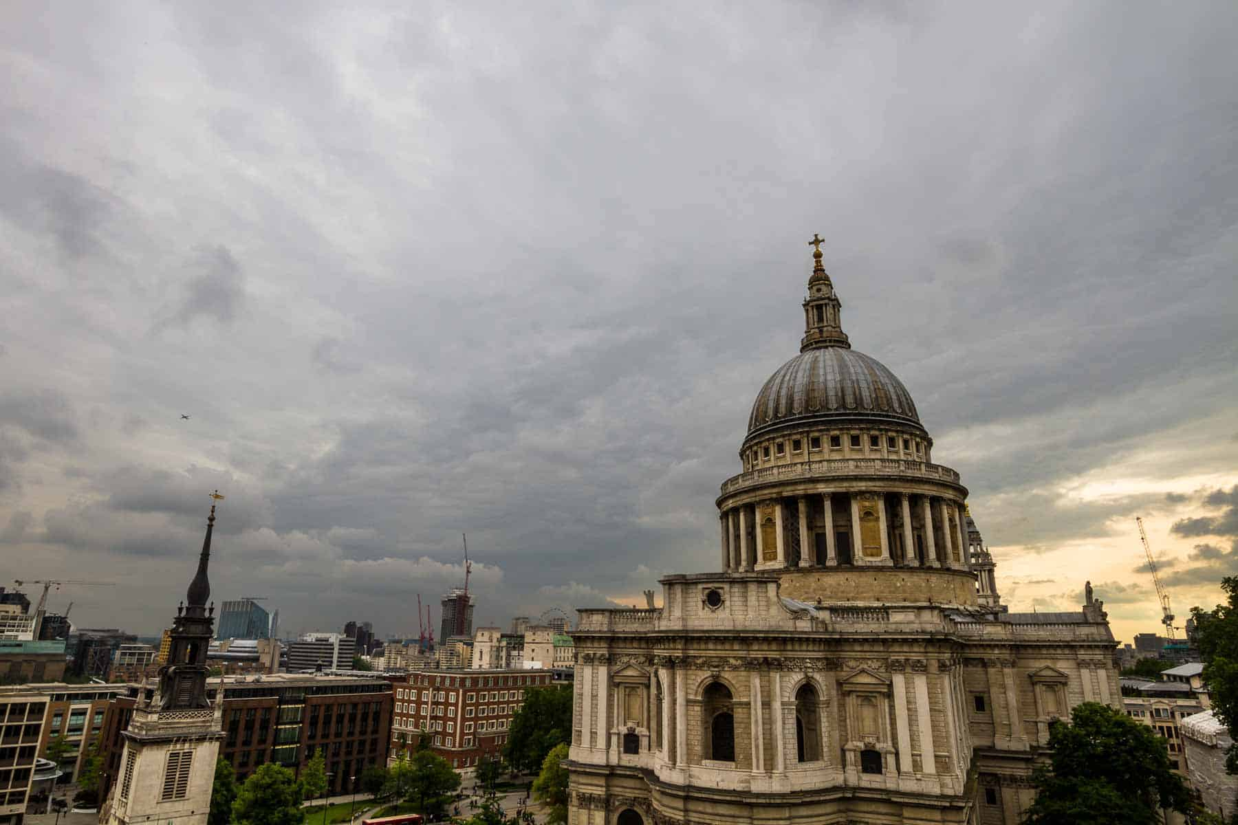St Pauls cathedral, London, on a cloudy day. Photo © Piccia Neri, all rights reserved.