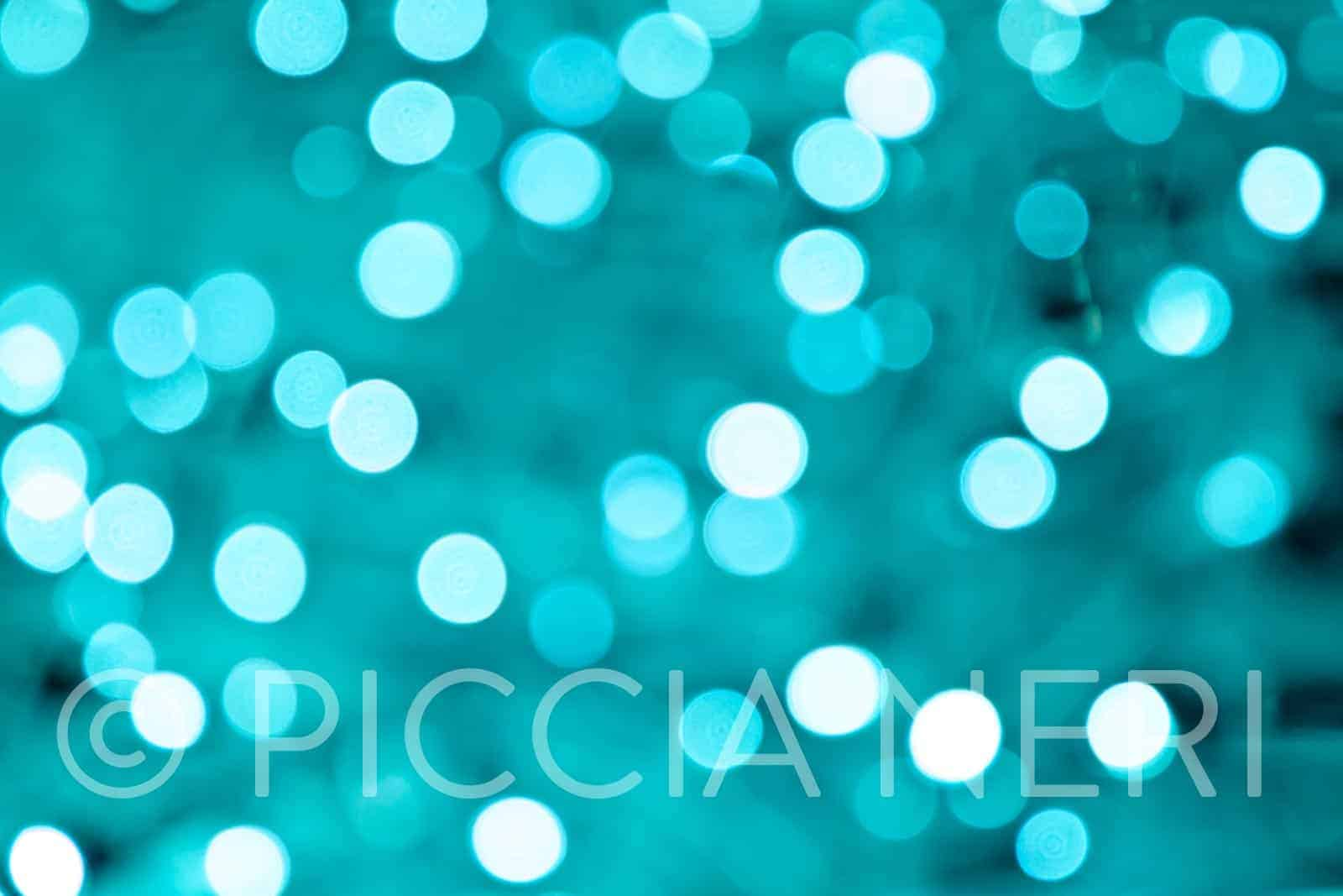 Free photo of bokeh light pattern. Suitable for Christmas card or decoration.